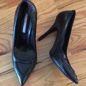 Stella McCartney black pebbled patent leather heel